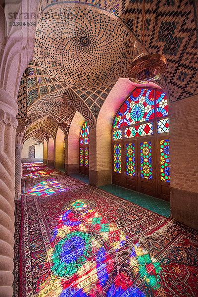 Architektur,Asien,Bauwerk,berühmt,bunt,Farbe