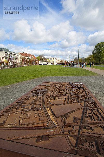 Bauwerk,Berlin,Berlin Mitte,Berliner Mauer,Bernauer Strasse,Denkmal