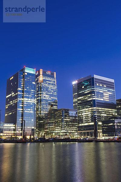 Abend,Beleuchtung,Büros,Canary Wharf,Docklands,England