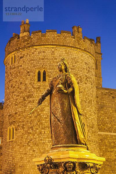 Abend,Beleuchtung,Berkshire,Burg,England,Europa