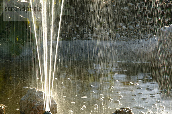 Wasserstrahl eines Brunnens