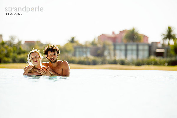 Gemeinsames Entspannen im See