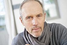 Porträt eines denkenden Mannes
