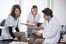 Ärzte diskutieren gemeinsam