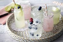 Frische,Glas,Frucht,Eis,Getränk,trinken,Strohhalm