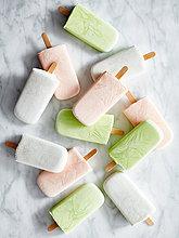 Eiscreme auf Marmorplatte,Eiscreme auf Marmorplatte
